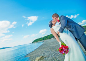 Picture perfect weddings at the Atlantic Oceanside Hotel in Bar Harbor, Maine.